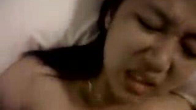 دوست دختر سبزه آماتور رقص زیبا استریپ است کانال تلگرام دانلود فیلم سوپر