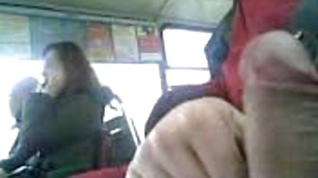 یک تاکسی جعلی بزنید تا کفش هایتان را ببندد و یک دیک خروس بزرگ را بند ادرس کانال تلگرام فیلم سوپر کند