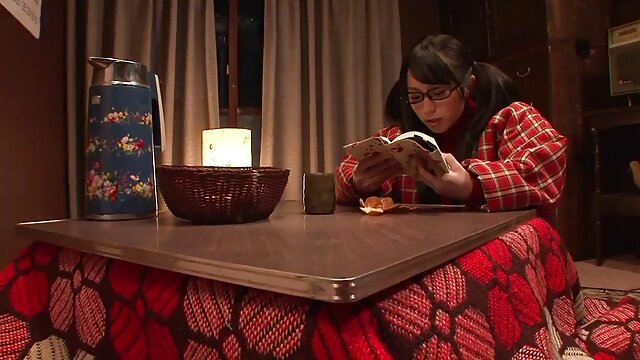 چرم - خواهر ناتنی شاخی کارلا گری به خوان ال کابالو لینک کانال فیلم سوپر سکسی لوکو نگاه کرد